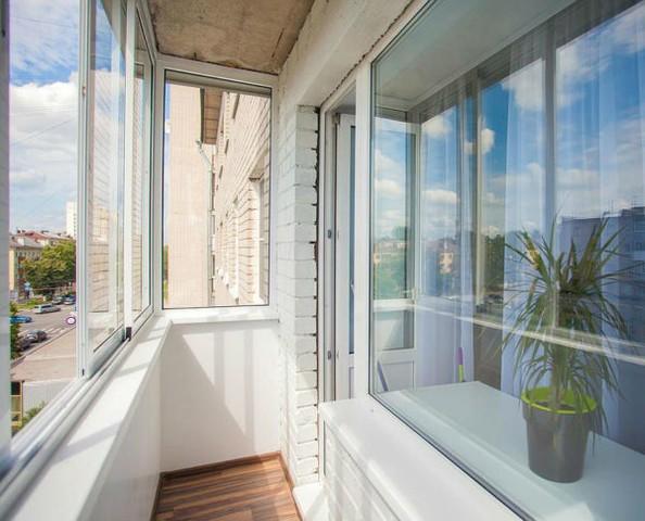 4. Балкон, если есть
