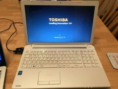 Toshiba Satellite C55.stare buna....matrice 15.6 led hd.procesor Intel pentium B980 2.4GHz.windows 8 Chișinău mun.