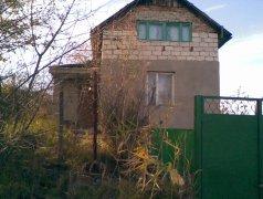 Участок 10, 5 соток с домом Strășeni