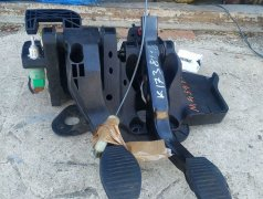 Peugeot Bipper .Педали сцепление и тормоз, троса для кулисы. Бельцы мун.