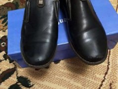 Срочно продам туфли для мальчика Кишинёв мун.
